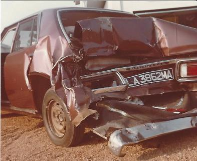 1977 Nissan nach unfall